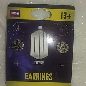 BBC Worldwide Ltd earrings Dr. Who Rassilon's Seal